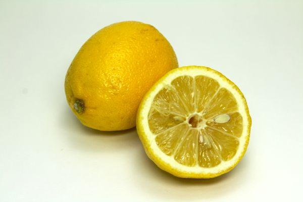 ビタミンCが塩素を中和する